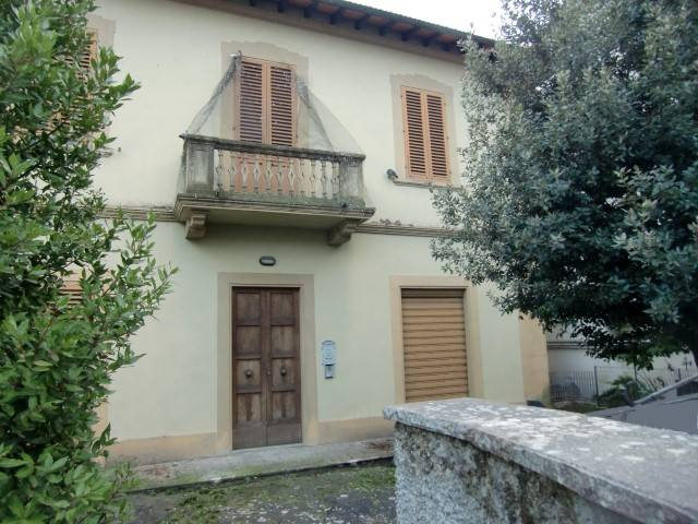 Casa singola, Faella, Castelfranco Piandisco, da ristrutturare