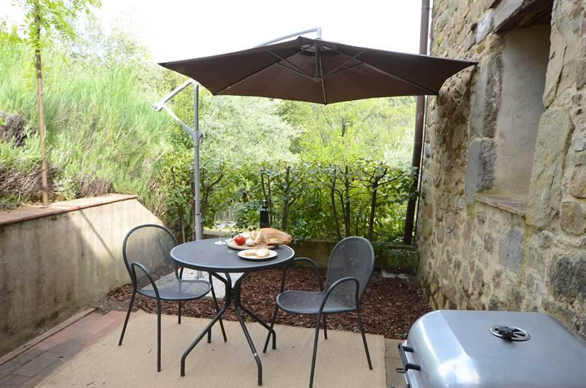 Appartamento in vendita a Gaiole in Chianti, 3 locali, zona Zona: Monte Luco, prezzo € 200.000   CambioCasa.it
