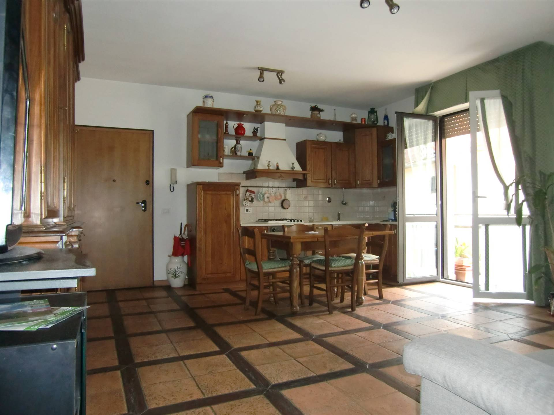 Appartamento in vendita a Reggello, 3 locali, zona ro, prezzo € 165.000 | PortaleAgenzieImmobiliari.it