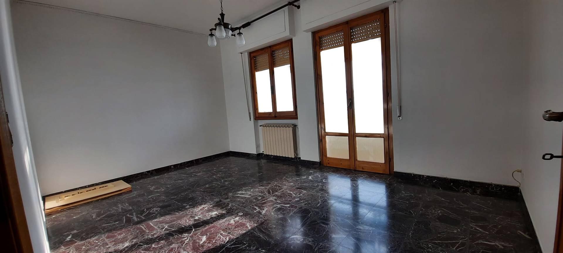 Appartamento in vendita a San Giovanni Valdarno, 4 locali, zona ro, prezzo € 148.000 | PortaleAgenzieImmobiliari.it