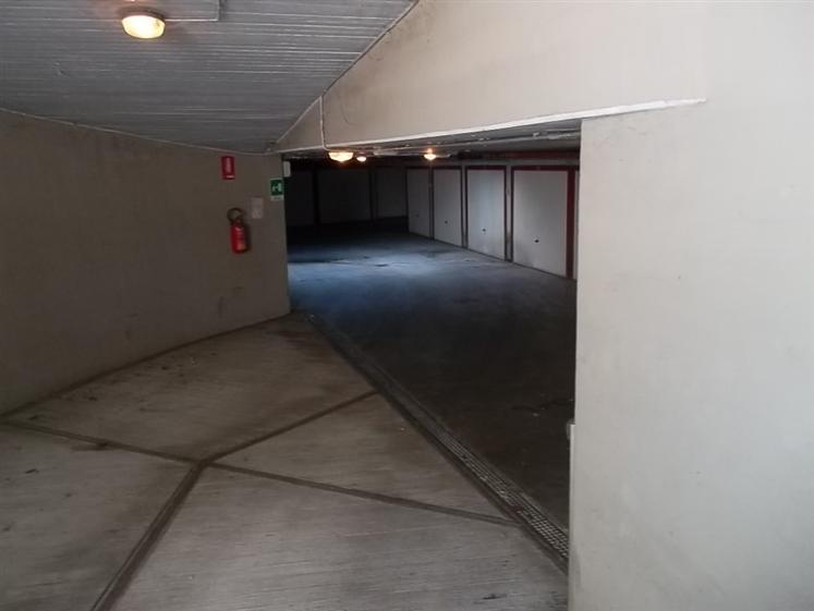 Vendita garage posto auto cittadella parma piano seminterrato rif ri 0149 - Posto letto parma ...