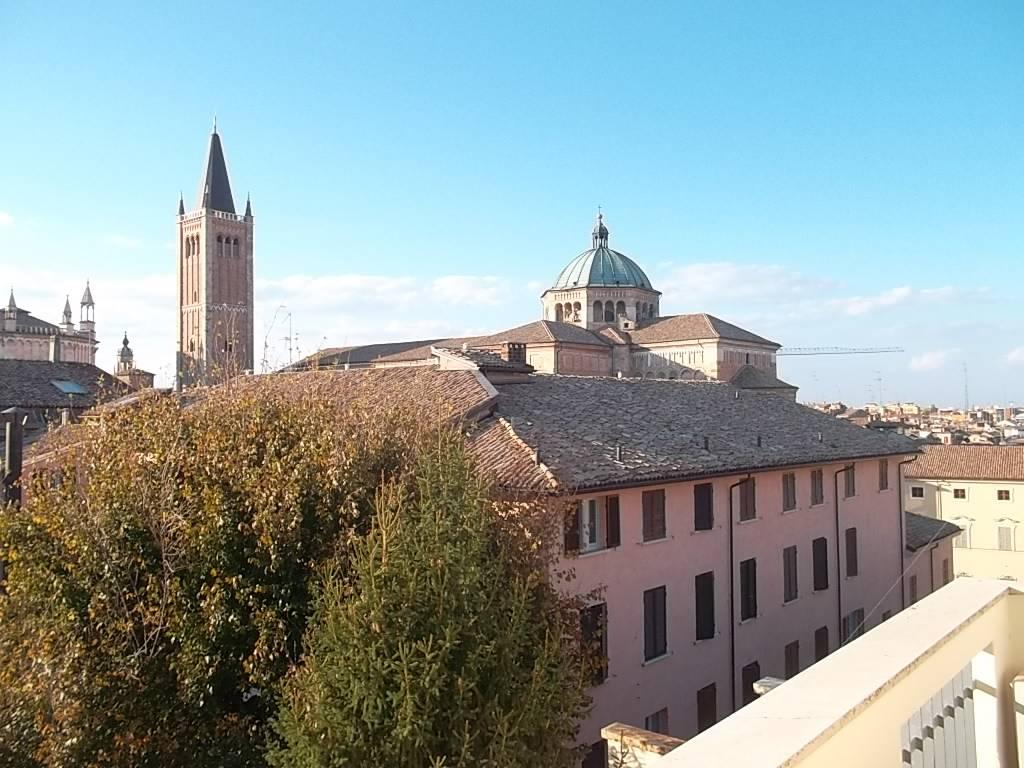 Quadrilocale, Centro Storico, Parma