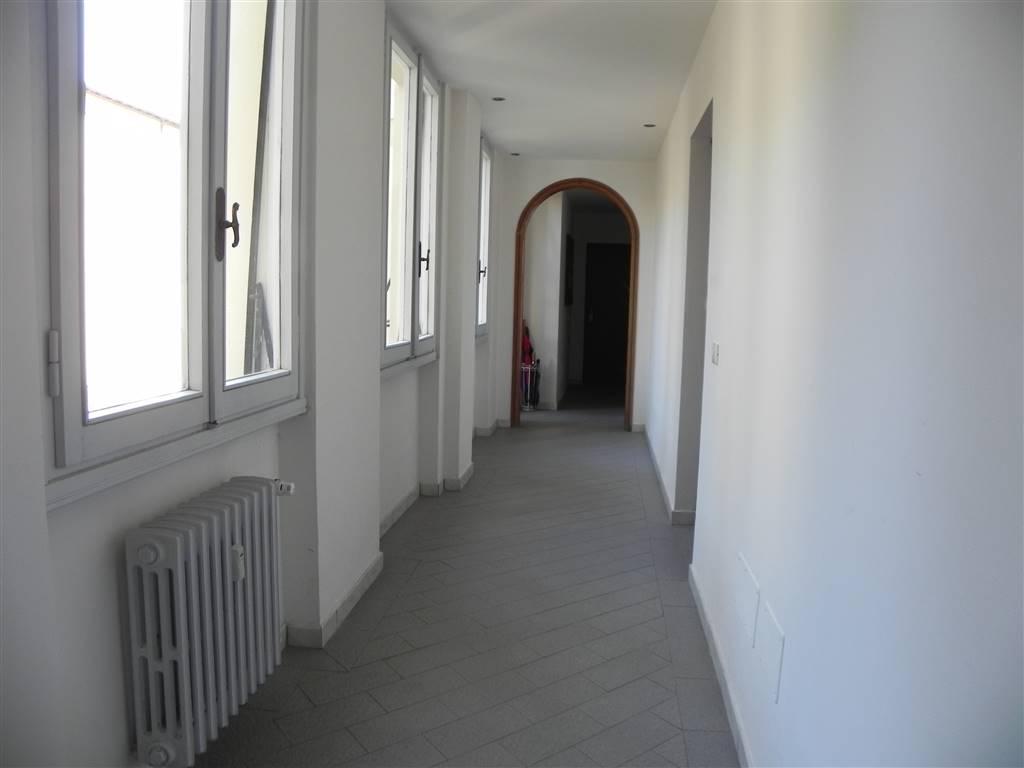 ingresso a comune - Rif. 1342
