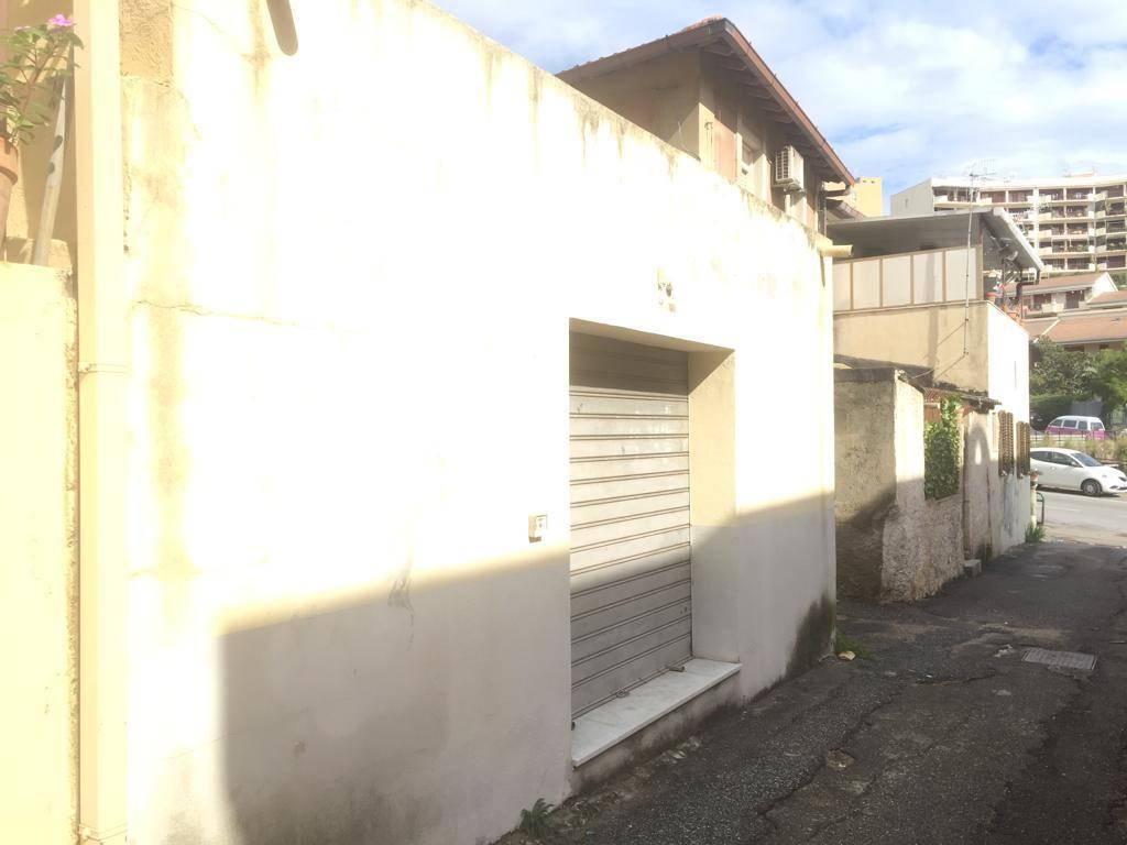 Casa singolaaMESSINA