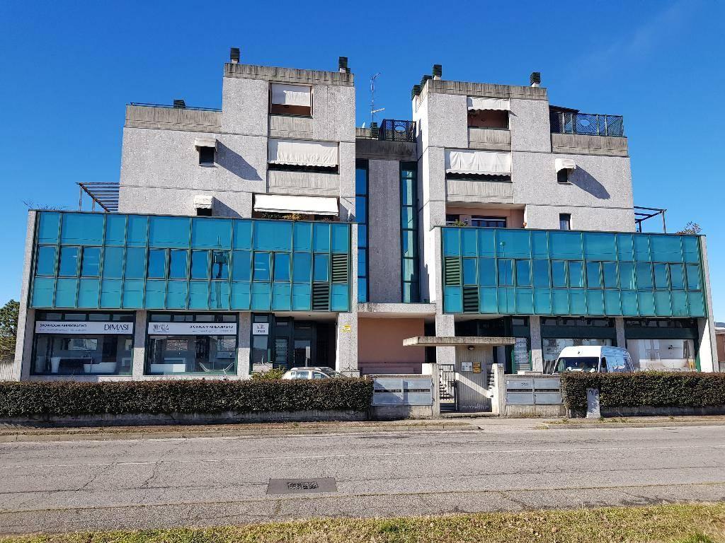 Ufficio / Studio in vendita a Bareggio, 9999 locali, prezzo € 160.000 | PortaleAgenzieImmobiliari.it