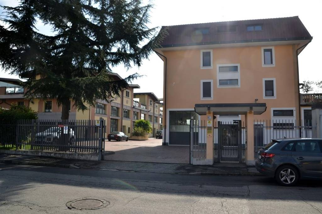 Laboratorio in vendita a Trezzano sul Naviglio, 9999 locali, prezzo € 142.000 | PortaleAgenzieImmobiliari.it