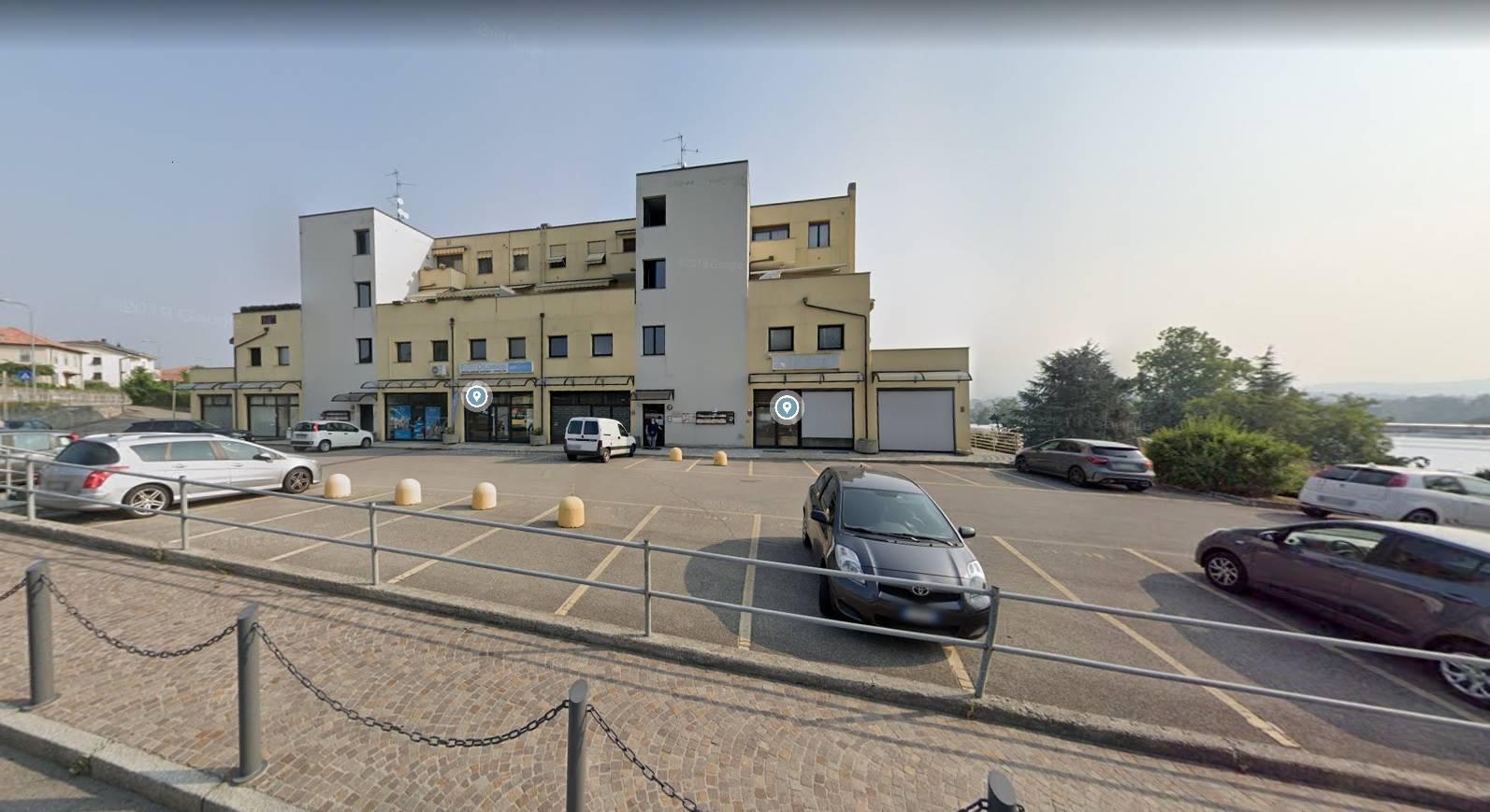 Negozio / Locale in vendita a Luisago, 10 locali, prezzo € 290.000 | PortaleAgenzieImmobiliari.it