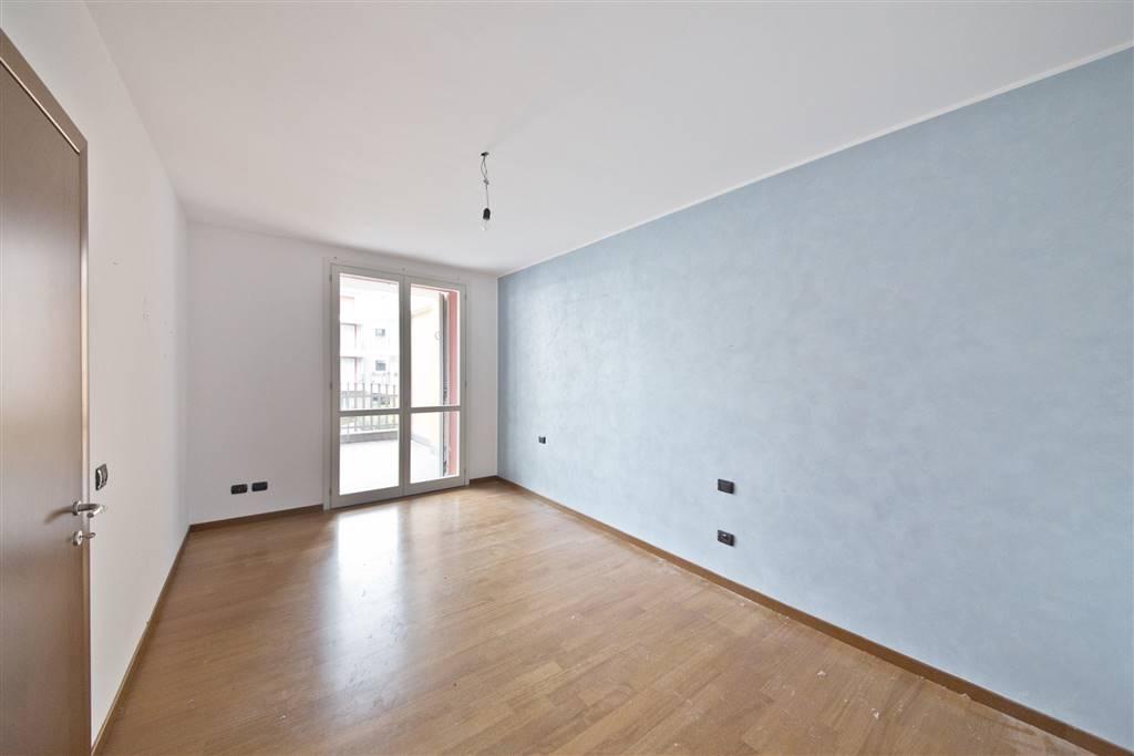 Appartamento in vendita a Besana in Brianza, 3 locali, prezzo € 168.000 | CambioCasa.it
