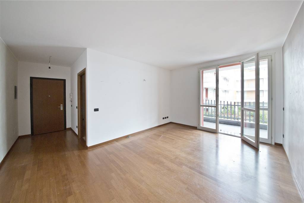 Appartamento in vendita a Besana in Brianza, 3 locali, prezzo € 163.000 | CambioCasa.it