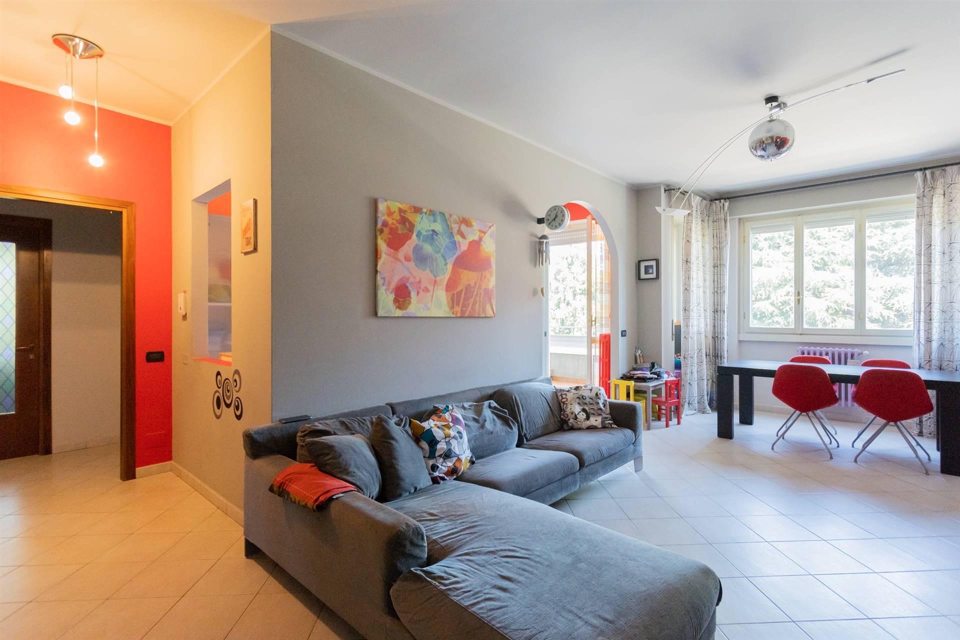 Appartamento in vendita a Cornate d'Adda, 4 locali, zona Zona: Colnago, prezzo € 135.000 | CambioCasa.it
