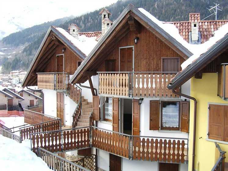 Appartamento in vendita a Schilpario, 2 locali, prezzo € 99.000   CambioCasa.it