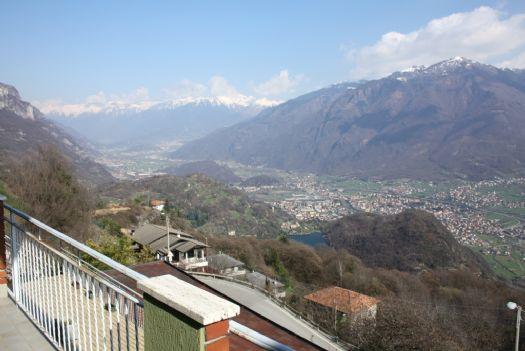 Appartamento in vendita a Angolo Terme, 5 locali, zona rro, prezzo € 75.000 | PortaleAgenzieImmobiliari.it