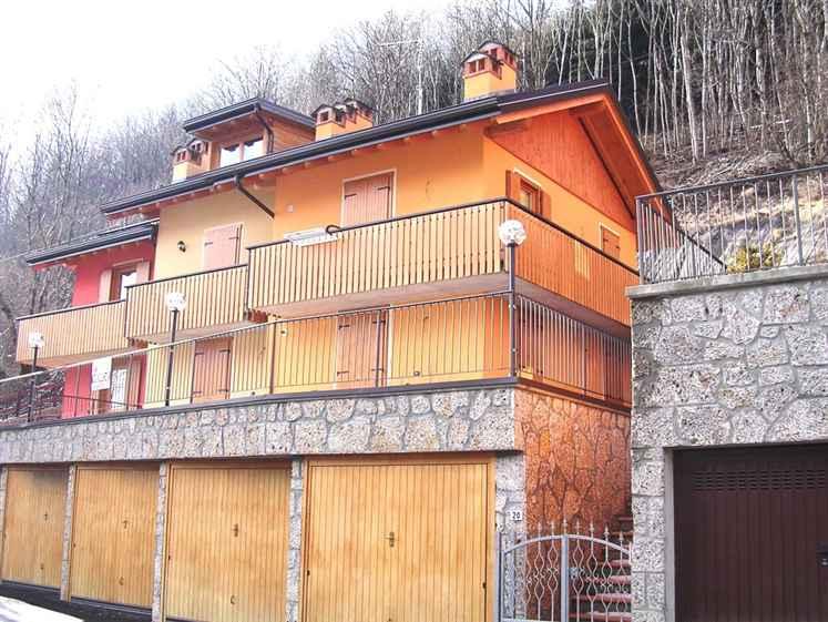 Appartamento in vendita a Colere, 2 locali, zona Località: VALLE RICCHETTI, prezzo € 79.000 | CambioCasa.it