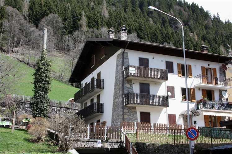 Appartamento in vendita a Vilminore di Scalve, 3 locali, zona Località: NONA, prezzo € 106.000 | CambioCasa.it