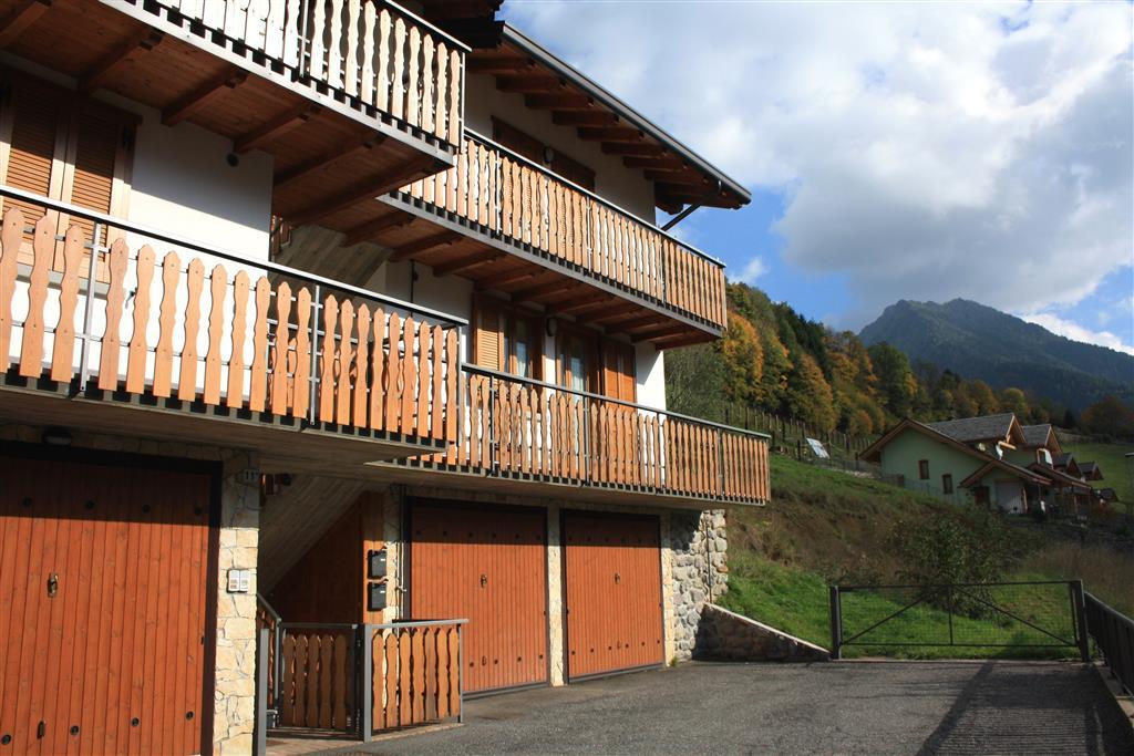 Appartamento in vendita a Schilpario, 2 locali, zona Zona: Barzesto, prezzo € 89.000 | CambioCasa.it