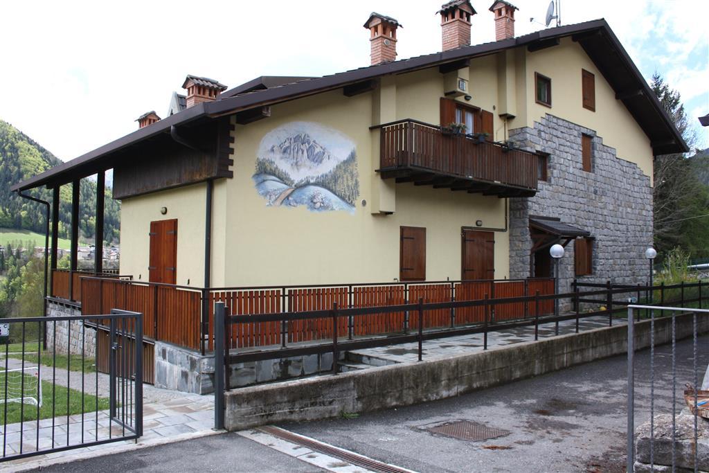 Bilocale in Via Frazione Barzesto 5/c, Barzesto, Schilpario