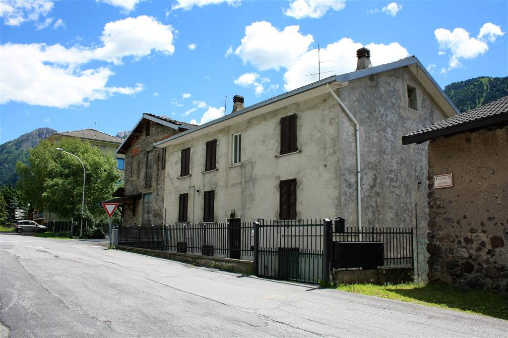 Bilocale in Via Frazione Barzesto  3, Barzesto, Schilpario