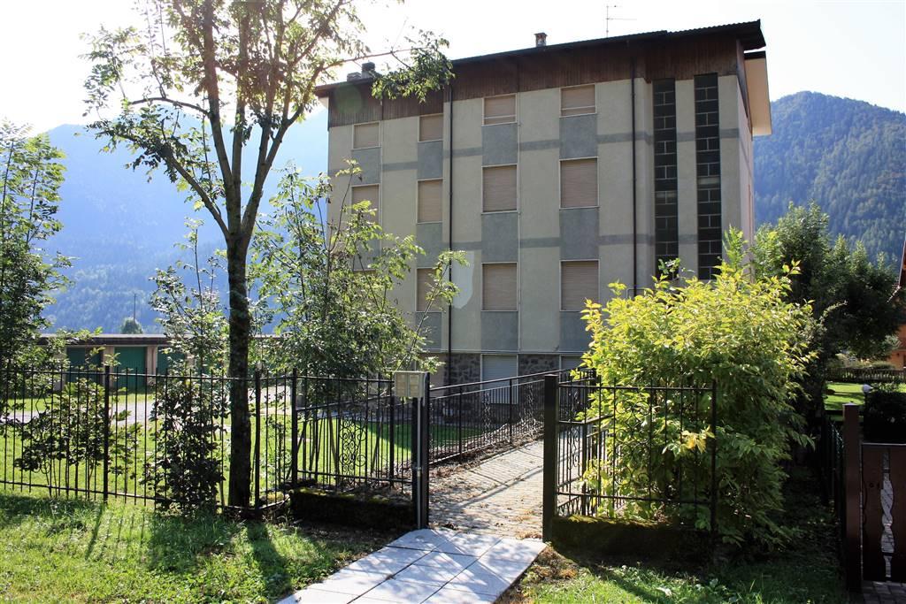 Appartamento in vendita a Schilpario, 2 locali, zona Zona: Barzesto, prezzo € 39.000 | CambioCasa.it