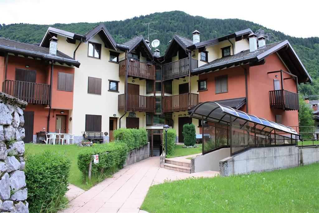 Appartamento in vendita a Colere, 3 locali, prezzo € 85.000 | CambioCasa.it