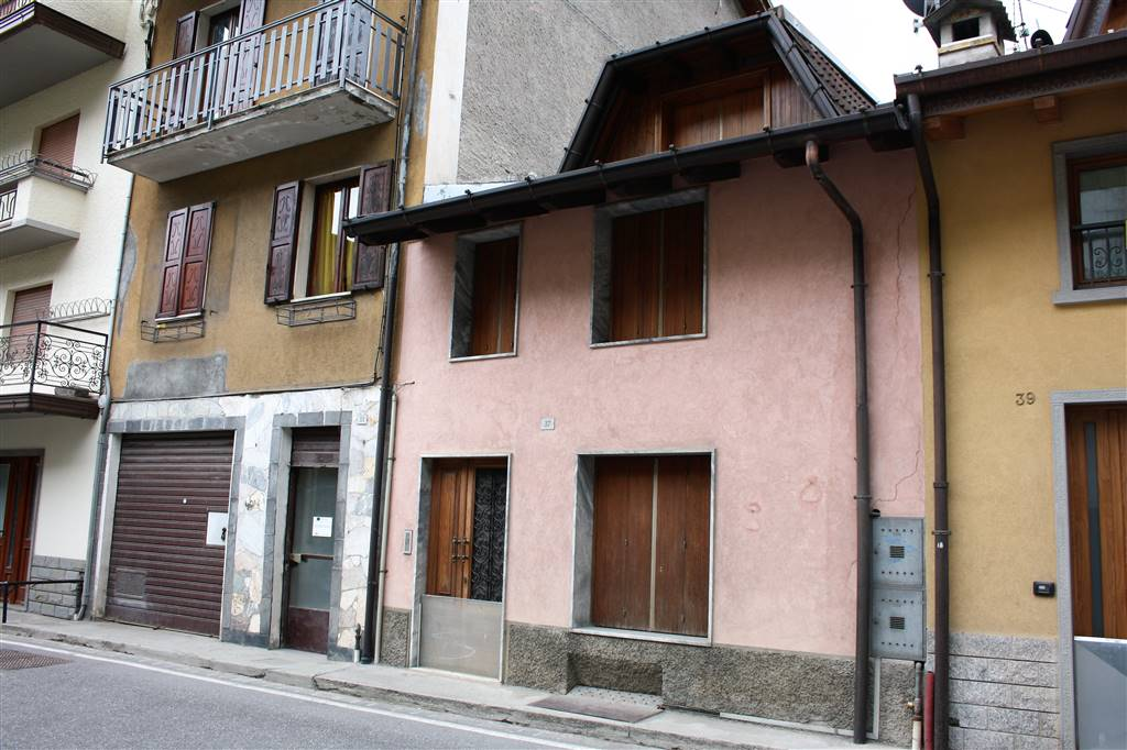 Quadrilocale in Via Torri  37, Schilpario