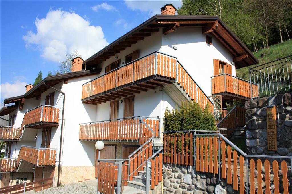 Trilocale in Via Statale  11/b, Barzesto, Schilpario