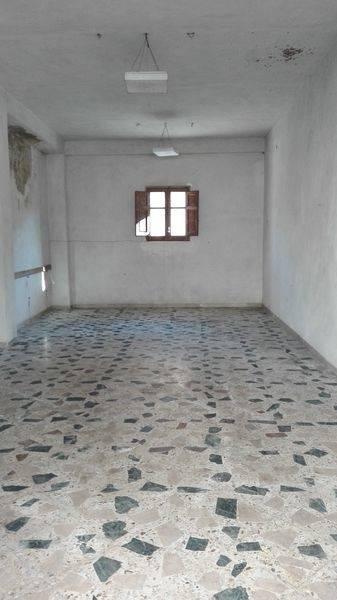 Magazzino in affitto a Lascari, 1 locali, prezzo € 300 | CambioCasa.it