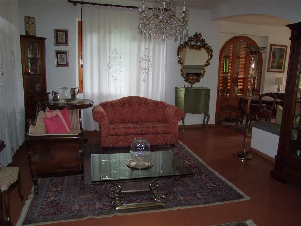 Appartamento indipendente in Via Roma, Londa