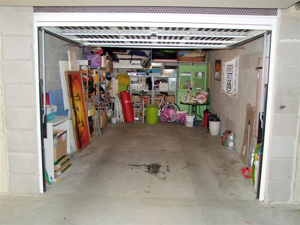 Vendita appartamento contea casini rufina seminuovo for Garage autonomo