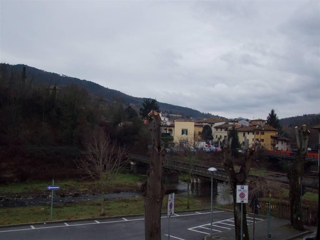 Appartamento in vendita a Dicomano, 3 locali, zona Località: CONTEA, prezzo € 70.000   CambioCasa.it