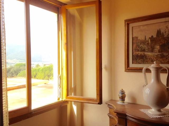 PONTASSIEVE, Appartamento in affitto di 90 Mq, Ottime condizioni, Classe energetica: G, posto al piano 1°, composto da: 4 Vani, Cucina Abitabile,