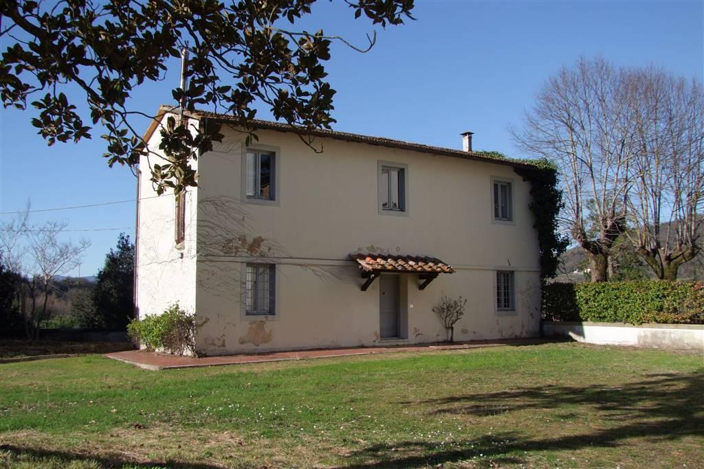 Casa singola, Celle, Dicomano, da ristrutturare