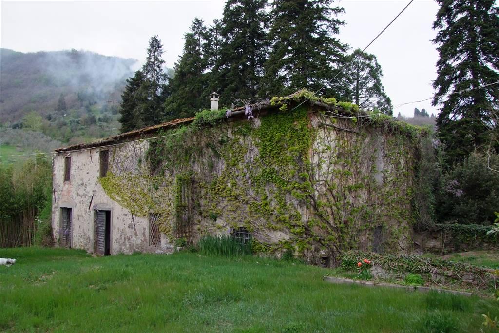 Colonica, Dicomano, da ristrutturare