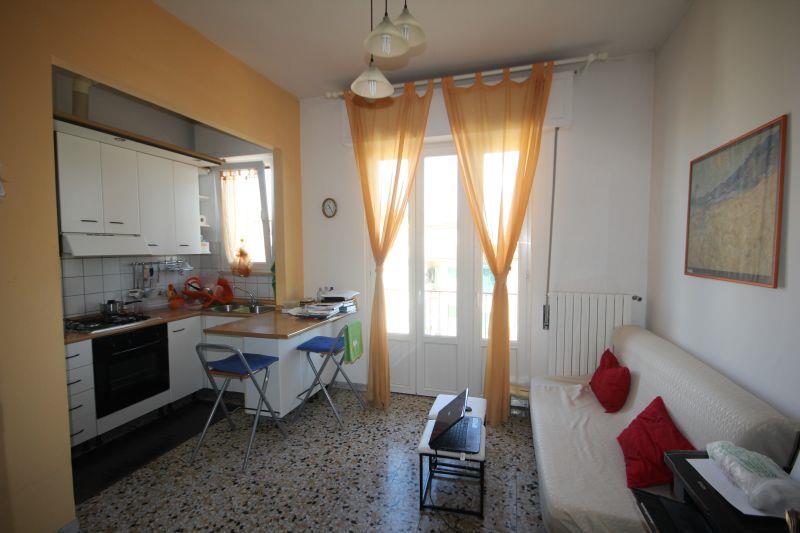Appartamento in vendita a Firenze, 2 locali, zona Zona: 4 . Cascine, Cintoia, Argingrosso, L'Isolotto, Porta a Prato, Talenti, prezzo € 138.000   CambioCasa.it