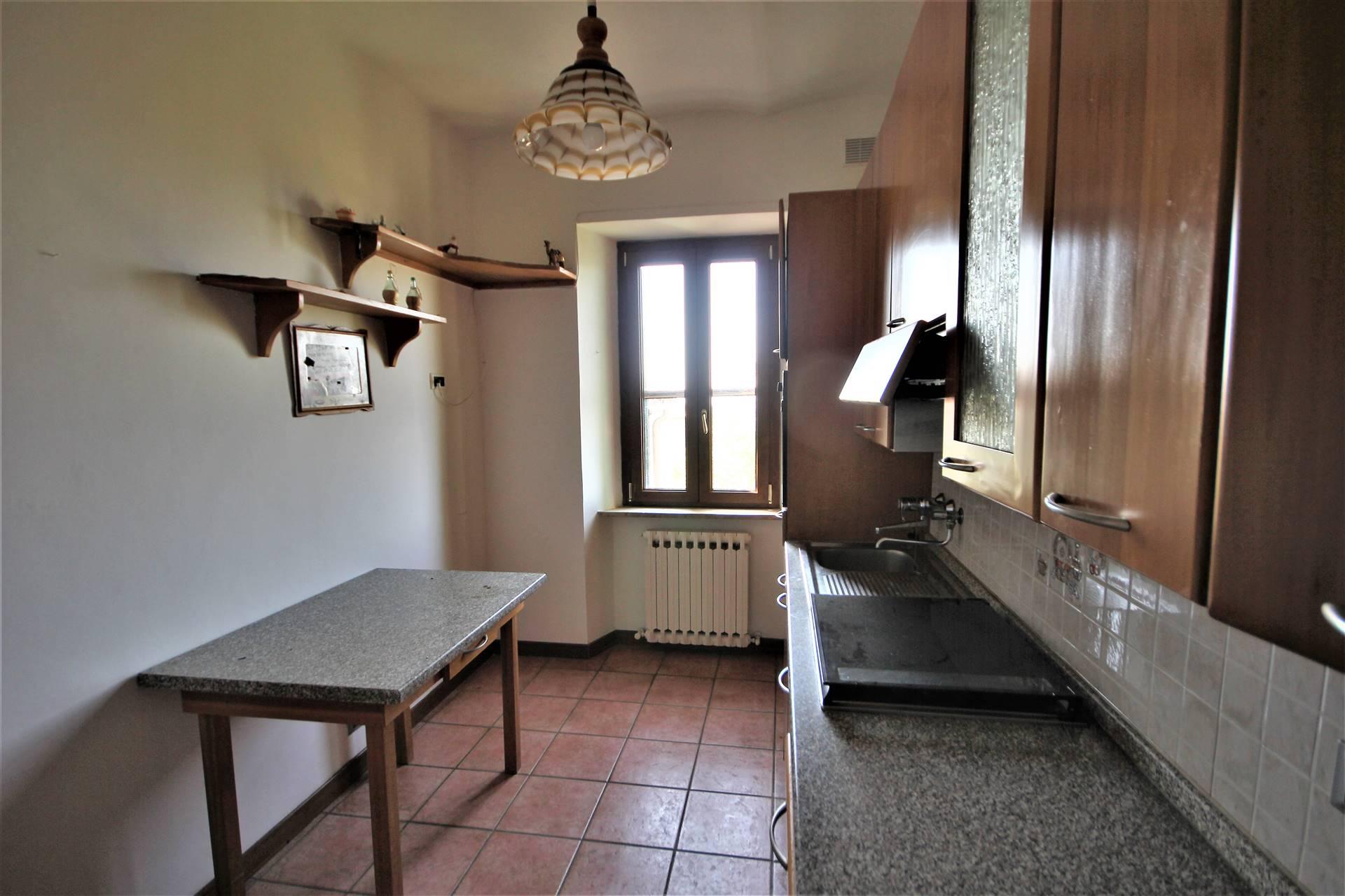 Appartamento in vendita a Montegabbione, 5 locali, zona Zona: Faiolo, prezzo € 88.000 | CambioCasa.it
