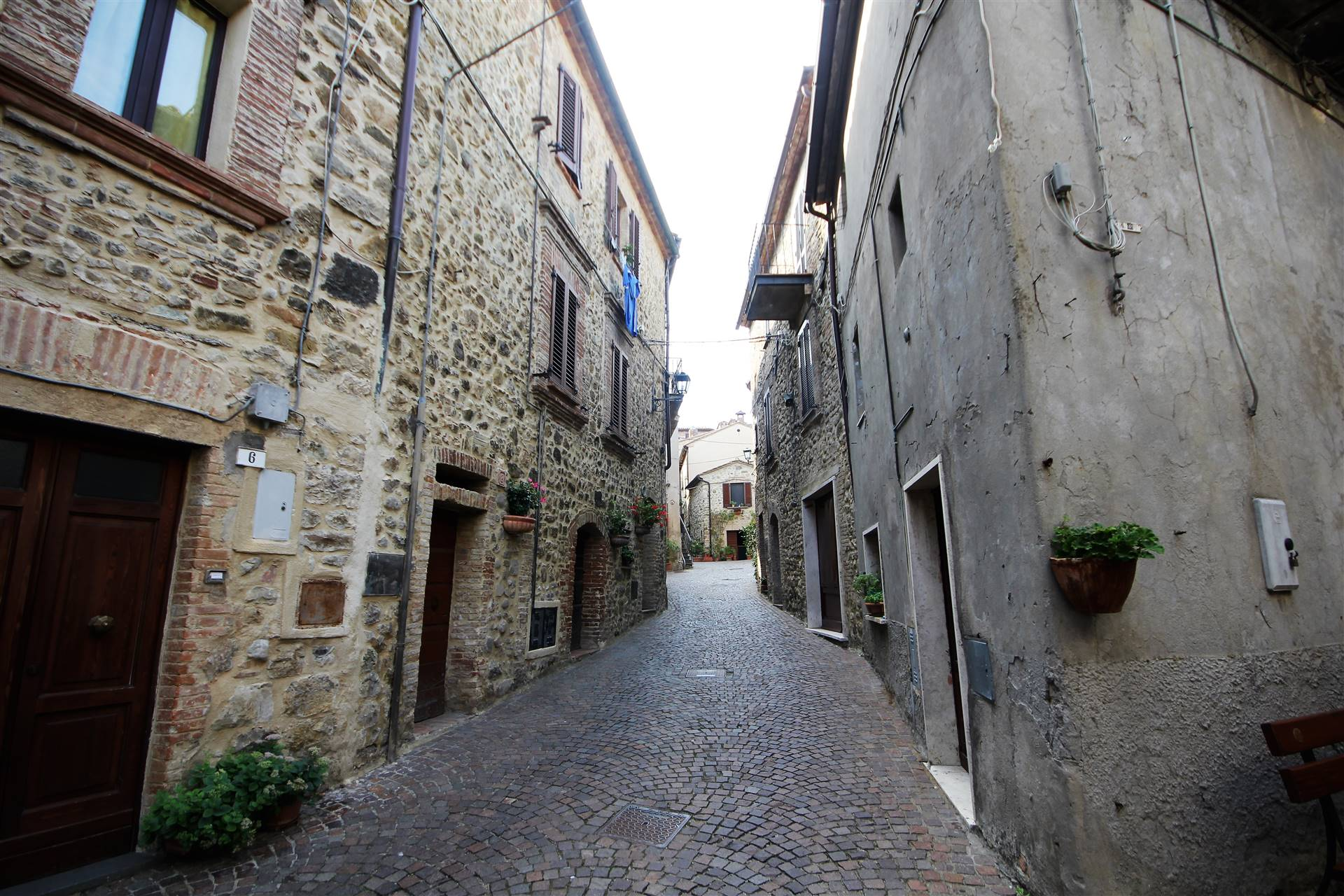 Appartamento in vendita a Allerona, 3 locali, zona Zona: Allerona Scalo, prezzo € 35.000 | CambioCasa.it