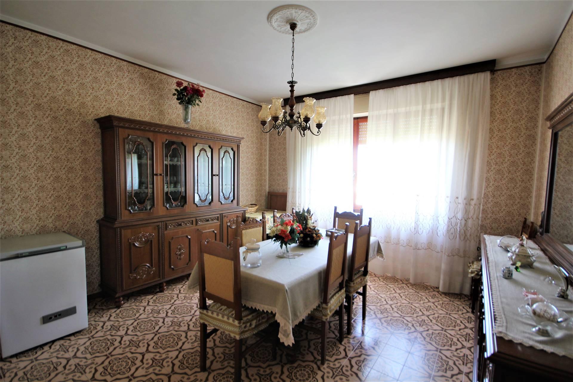 Appartamento in vendita a Fabro, 5 locali, zona Località: COLONETTA, prezzo € 90.000   CambioCasa.it