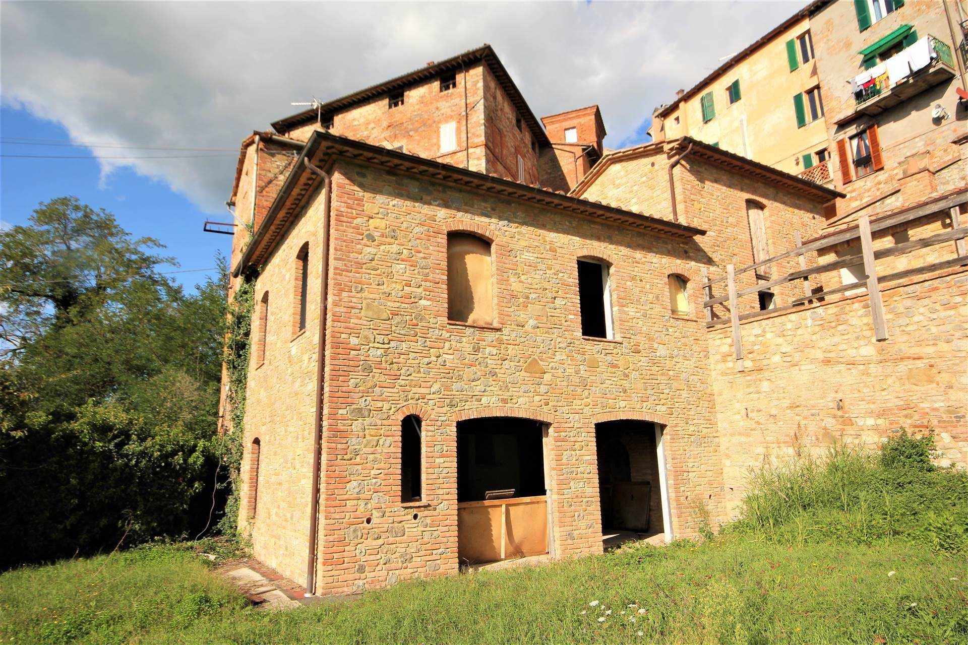 Rustico / Casale in vendita a Monteleone d'Orvieto, 6 locali, zona Zona: Colle Alto e Basso, prezzo € 350.000   CambioCasa.it