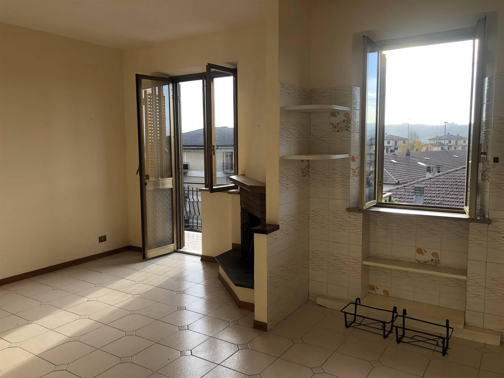 Appartamento in affitto a Fabro, 5 locali, zona Zona: Fabro Scalo, prezzo € 400 | CambioCasa.it
