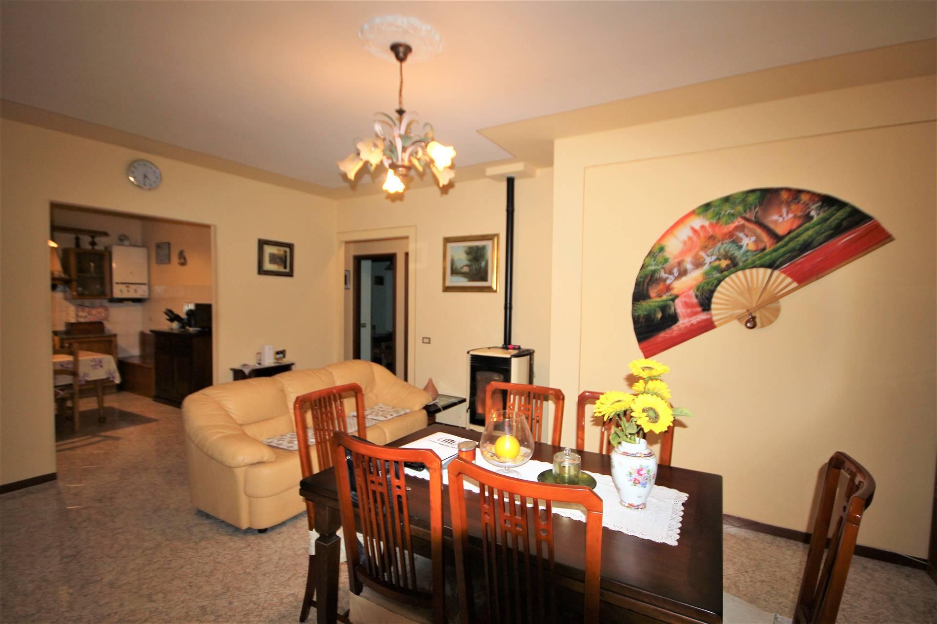 Appartamento in vendita a Fabro, 5 locali, zona Zona: Fabro Scalo, prezzo € 134.000   CambioCasa.it
