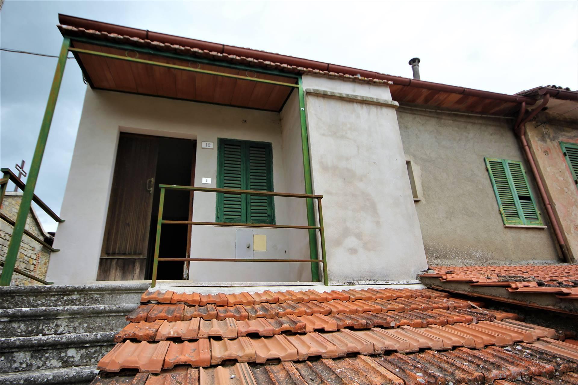 Appartamento in vendita a Fabro, 3 locali, zona Zona: Fabro Scalo, prezzo € 17.000   CambioCasa.it