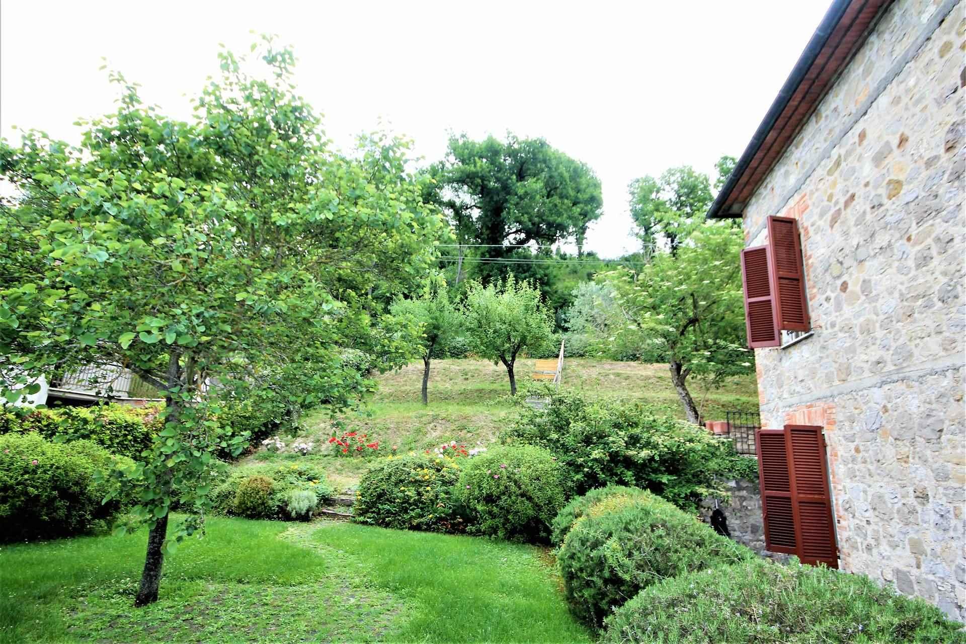 Villa in vendita a Fabro, 4 locali, zona Zona: Fabro Scalo, prezzo € 195.000   CambioCasa.it