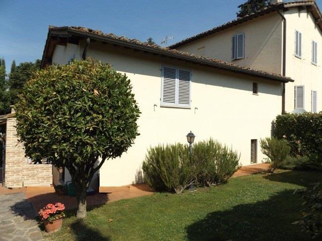 Terratetto, Semicentrale, Siena, in ottime condizioni