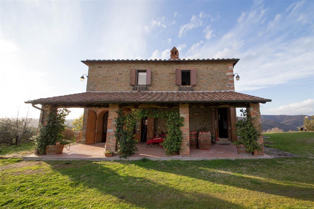 Agriturismo in vendita a Bucine, 11 locali, zona Zona: Montebenichi, prezzo € 760.000   CambioCasa.it