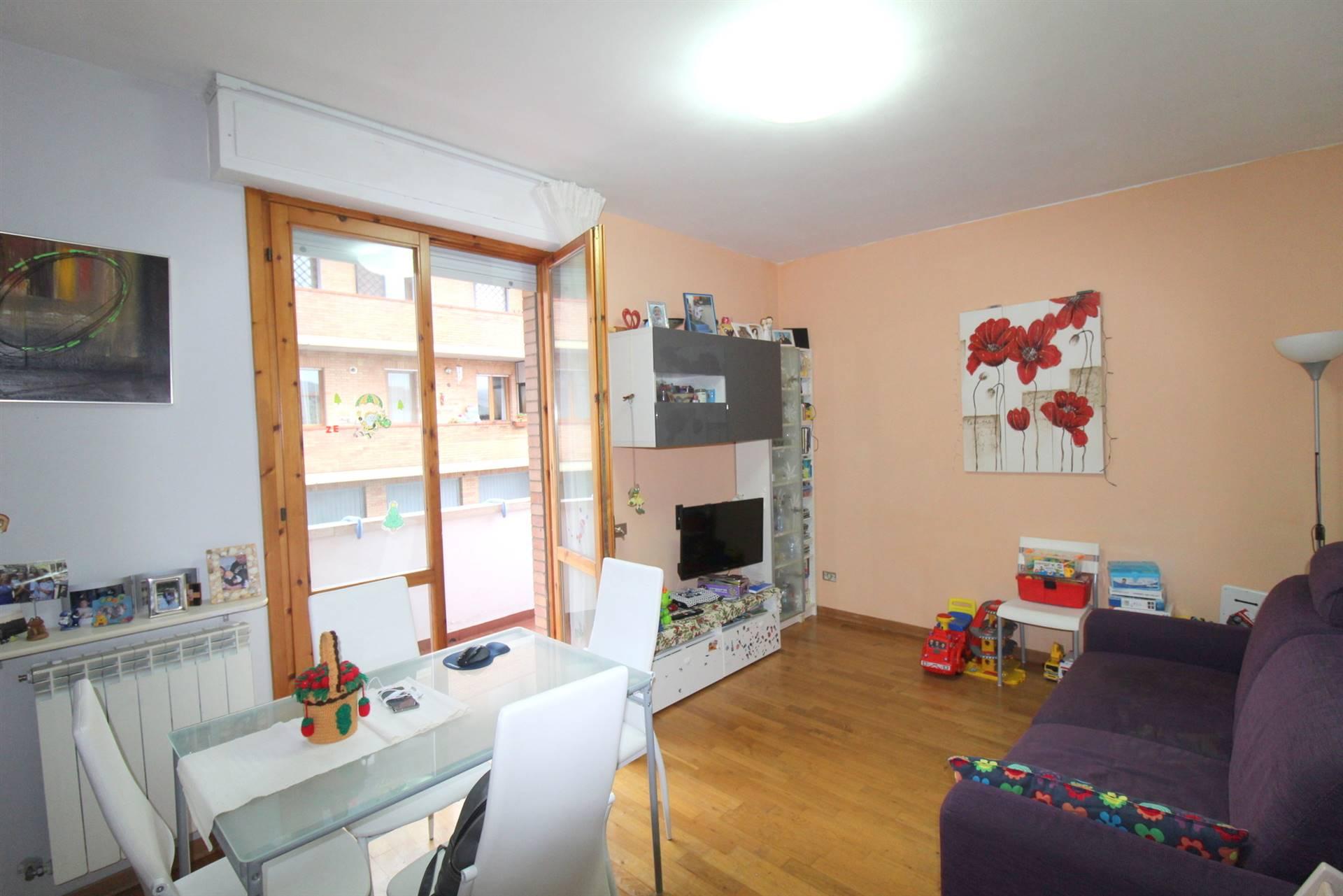 Appartamento in vendita a Castelnuovo Berardenga, 3 locali, zona Località: QUERCEGROSSA, prezzo € 125.000 | PortaleAgenzieImmobiliari.it