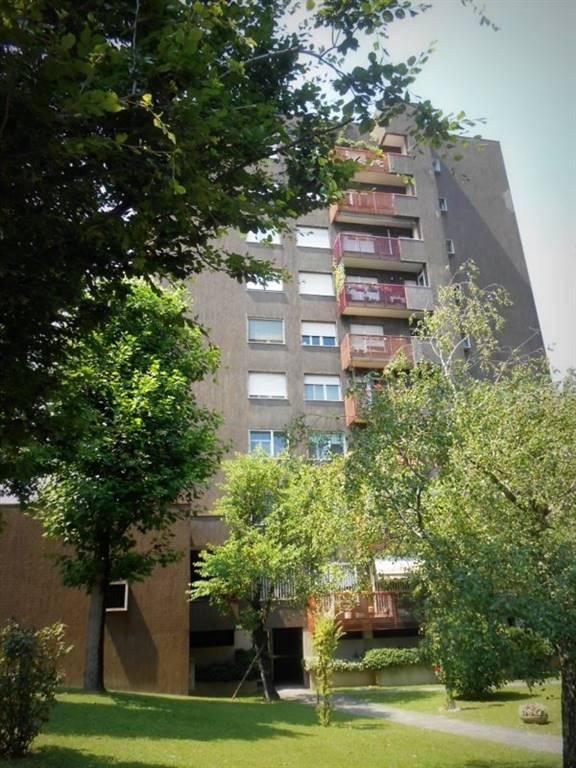 Appartamento in vendita a Milano, 4 locali, zona Località: MECENATE, prezzo € 290.000 | CambioCasa.it