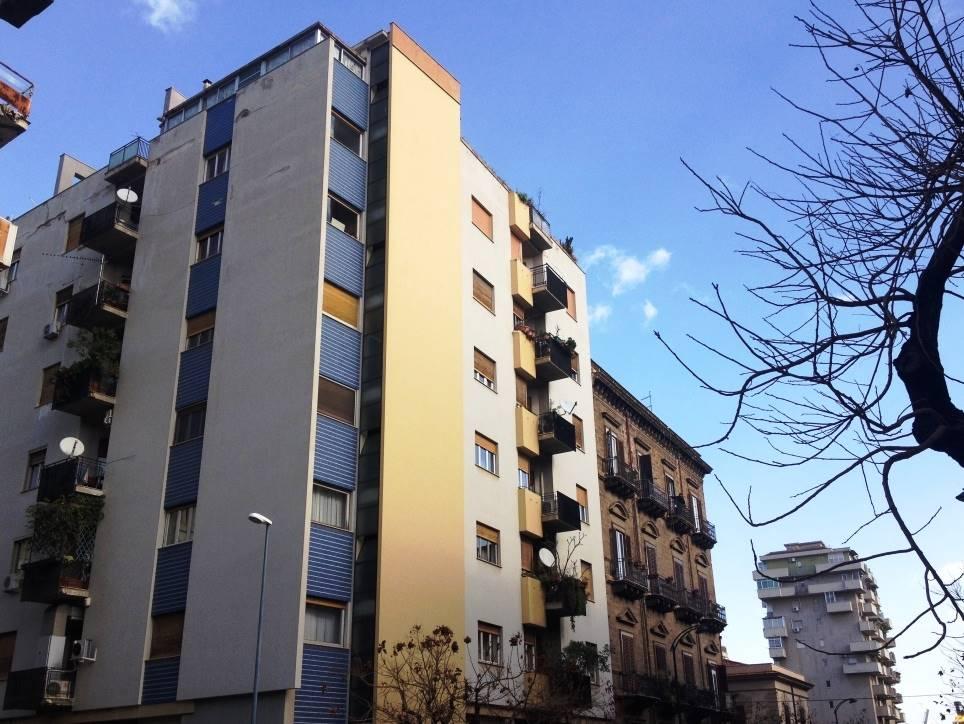 Quadrilocale, Politeama, Palermo, in ottime condizioni
