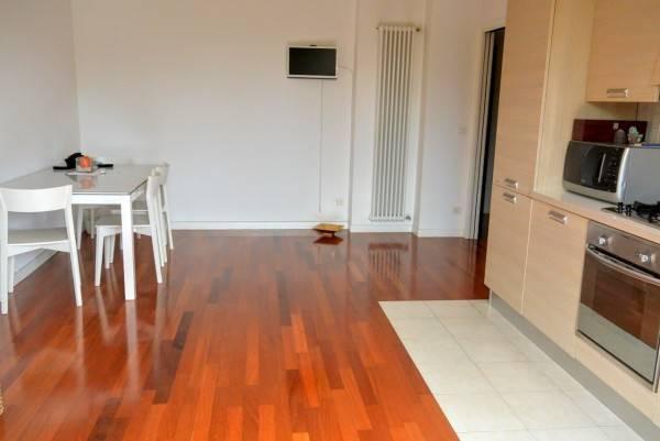 Appartamento in vendita a Selvazzano Dentro, 3 locali, zona Zona: Tencarola, prezzo € 130.000 | CambioCasa.it