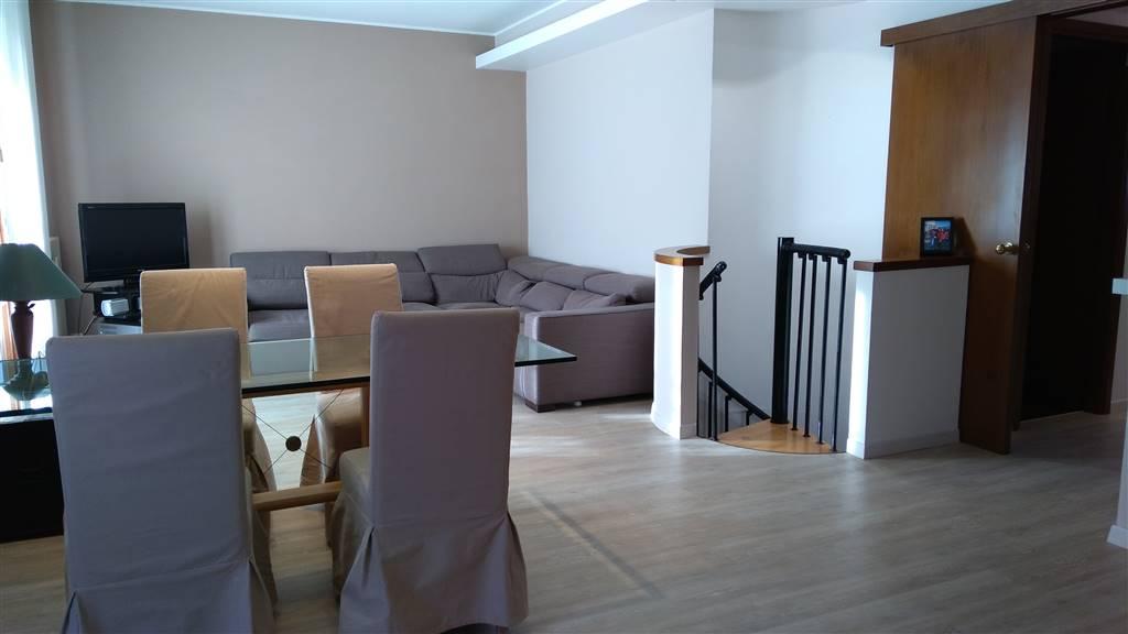 Appartamento in vendita a Albignasego, 6 locali, zona Zona: Carpanedo, prezzo € 129.000 | CambioCasa.it