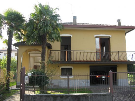 Villa, Briosco, ristrutturata