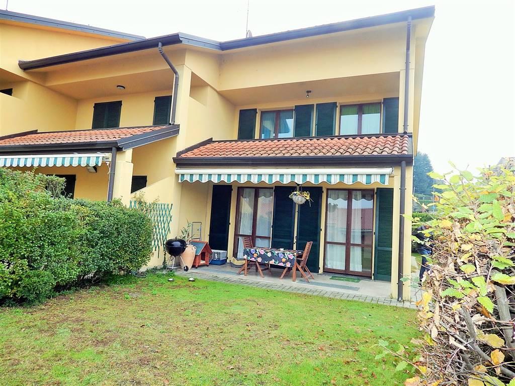 Villa a schiera, Barzano', in ottime condizioni